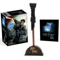 Running Press Harry Potter Wizard 's Wand with Sticker Book: Lights Up! (Miniature Editions)